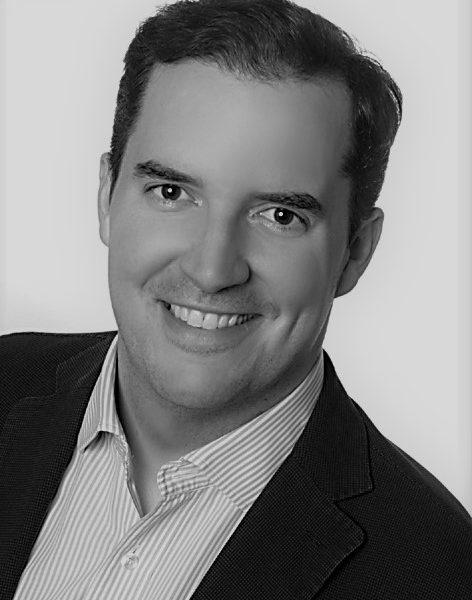 Max Dirnbacher (CEO)